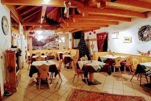 Baita Ischia, Ristorante pizzeria a Campitello di Fassa