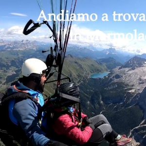 Fantastic day and to finish in style after the tandem paragliding flight we land at Punta Penia in Marmolada val di Fassa to enjoy the good strudel of Carlo Budel