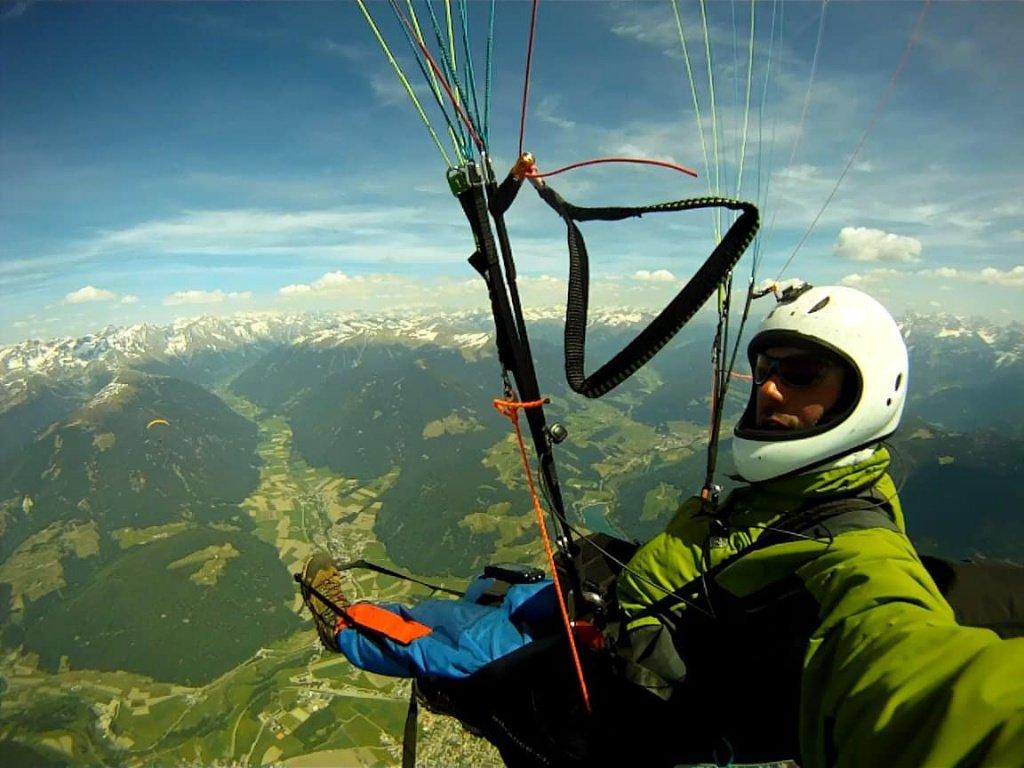Era da un po' che progettavo un volo che mi portasse oltre i confini delle valli di Fassa e Fiemme