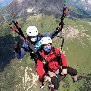 Distance flight in two-seater paragliding Val di Fassa